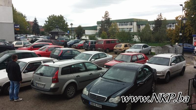 parking oktobar kalesija (1)