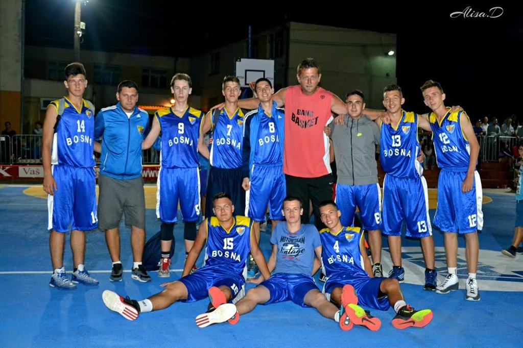Asim Pars sa kadetskom ekipom KK Bosna na nedavnom BANG turniru
